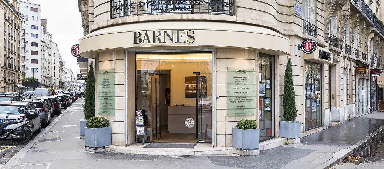 BARNES CHAMP-DE-MARS