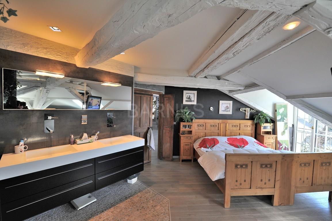 Dans un château au coeur de Chambéry, appartement exceptionnel de type 7 en duplex picture 2