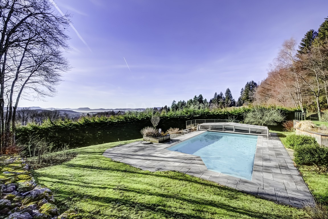 villa de standing sur les hauteurs pr232s de gen232ve