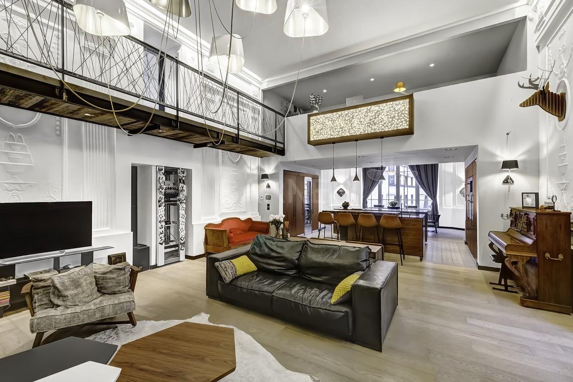 Magnifique loft en duplex entièrement rénové au coeur d'Aix les Bains picture 1