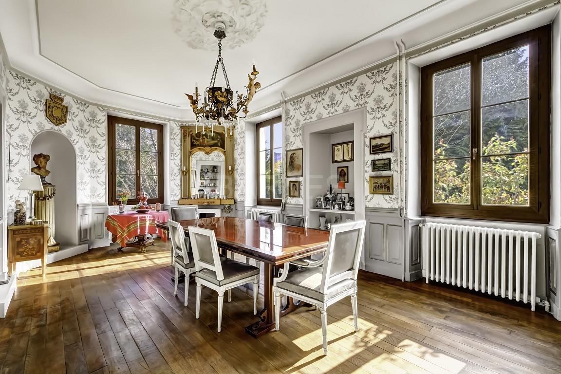unique maison de maitre aux portes du centre historique d 39 annecy ventes immobili res de. Black Bedroom Furniture Sets. Home Design Ideas