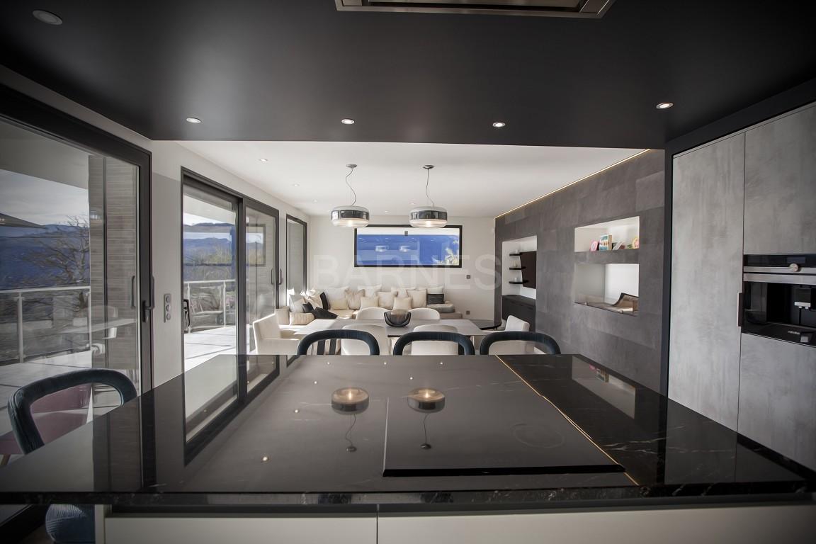 Maison d'architecte contemporaine, hauteurs d'Aix-Les-Bains picture 3