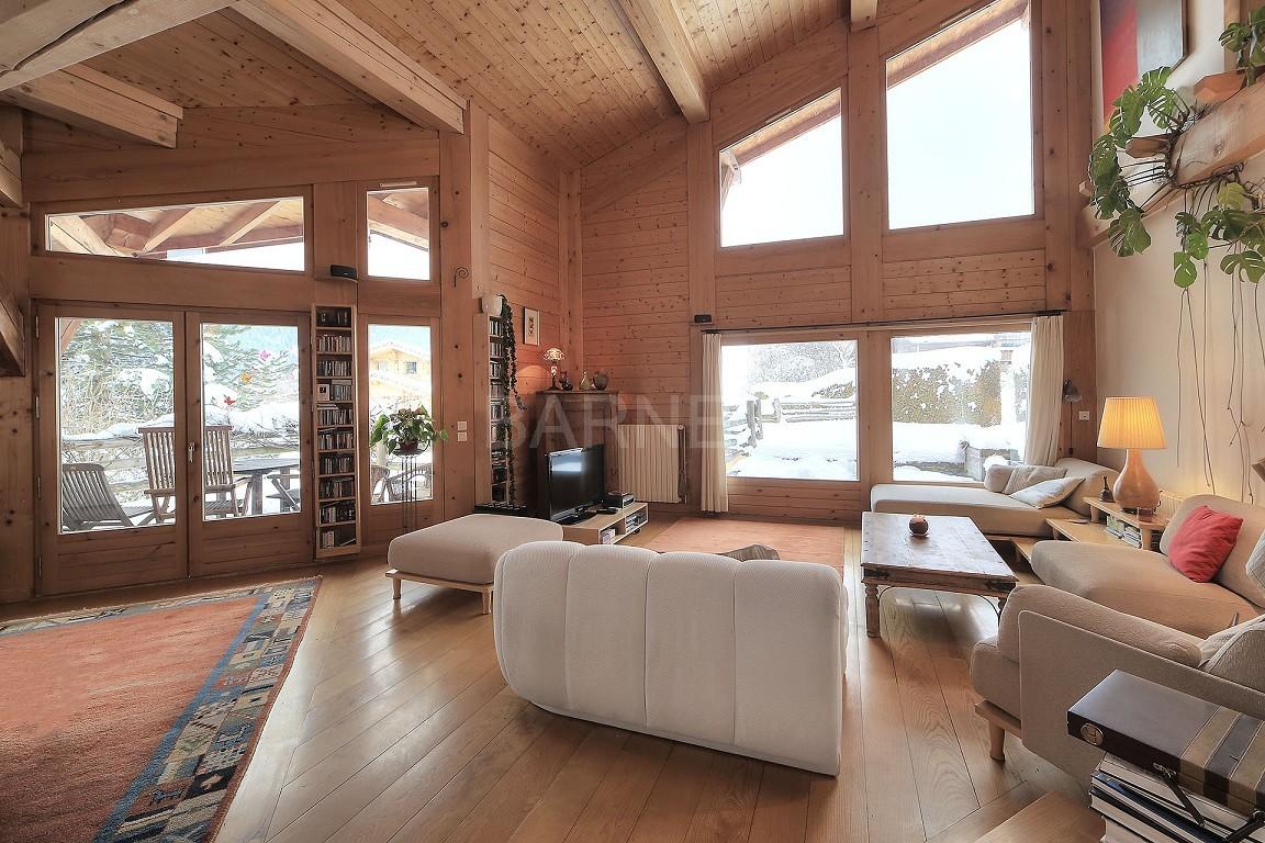 magnifique chalet avec s jour cath drale proximit des pistes ventes immobili res de. Black Bedroom Furniture Sets. Home Design Ideas