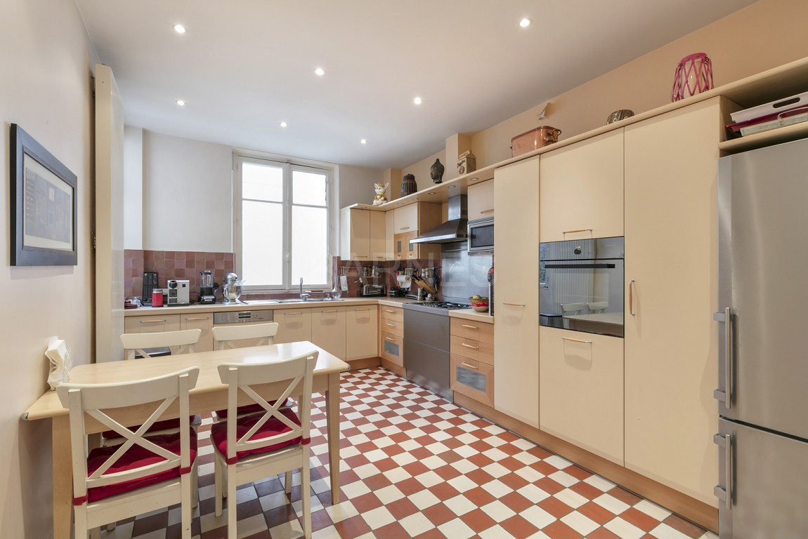 VENTE MAISON -VOIE PRIVEE - NEUILLY - CHATEAU / PERRONET picture 3