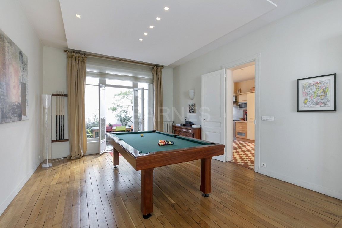 HOUSE FOR SALE - PRIVATE ROAD - NEUILLY - CHATEAU/PERRONET picture 16