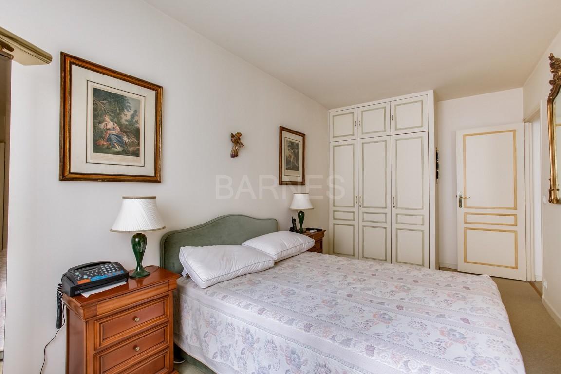vente appartement 3 pieces 2 chambres au pied des commerces et des transports neuilly. Black Bedroom Furniture Sets. Home Design Ideas