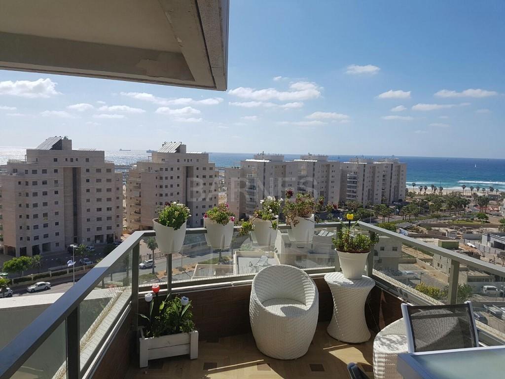 Ashdod Marina: Luxury Homes