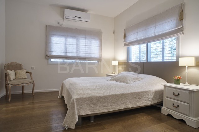 Tel Aviv Amazing Villa 3 Rooms 2 Master Bedrooms Open Living Room And Kitchen 90 Mr Well