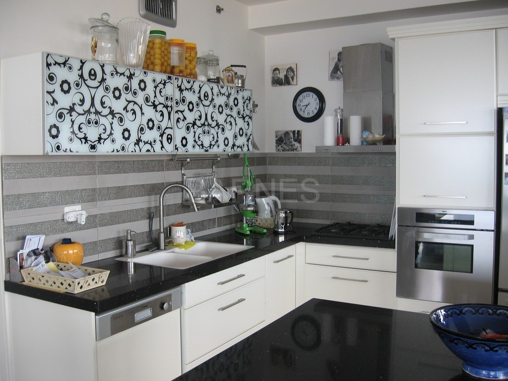 Lechenie israelhome moreover Apartment Flat For Rent Tel Aviv 77981 r 1AB in addition P174340 likewise A 47918 furthermore Apartment Flat For Rent Tel Aviv 33199. on bedroom apartment rental in tel aviv israel