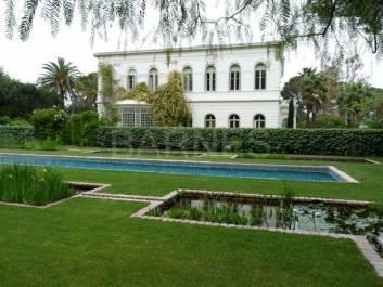 Ventes immobilier luxe hyeres barnes for Acheter une maison en italie