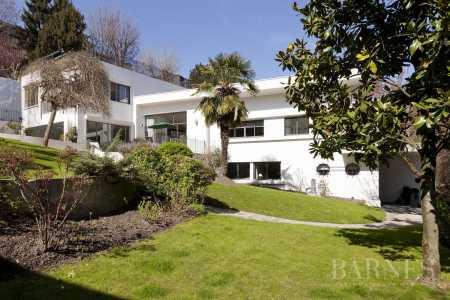 Casa, Saint-Cloud - Ref 2597088