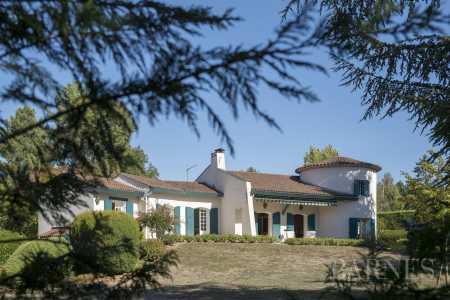 Casa, Limonest - Ref 2389852