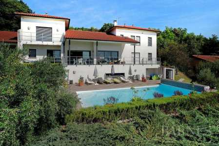 Maison, Charnay - Ref 1782114