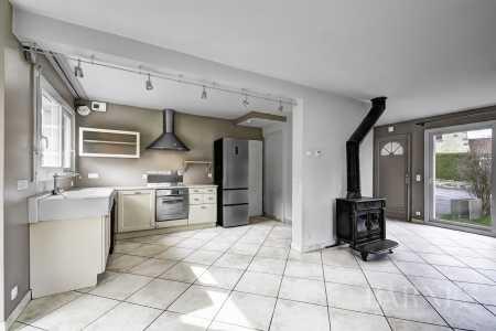 Maison, Menthon-Saint-Bernard - Ref 2666384