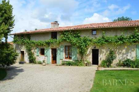 Property, Niort - Ref 2553558