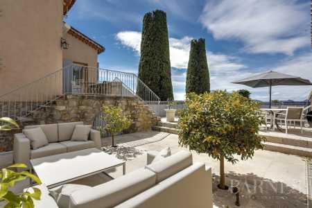 Villa sur toit, Mougins - Ref 2214811