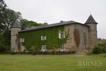 CASTLE, Limoges - Ref 2553993