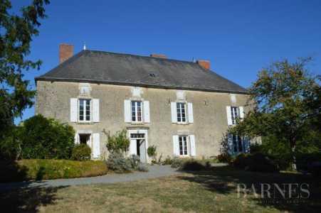 House, LA CHATAIGNERAIE - Ref 2553513