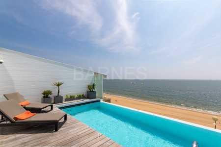 Prestigious villa, LA BAULE - Ref M-72075