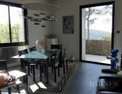 Villa, Aix-en-Provence - Ref 2700709