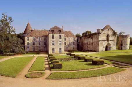 CASTLE, Poitiers - Ref 2553491