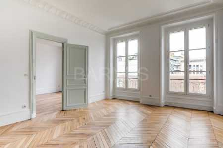Apartment, PARIS 75010 - Ref A-77654