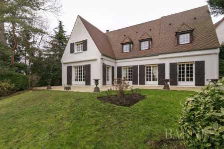 Casa, L'Étang-la-Ville - Ref 2656479