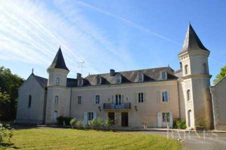 CASTLE, Poitiers - Ref 2553616