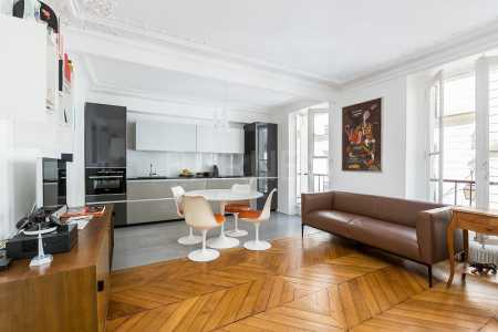 APPARTEMENT RENOVE, PARIS - Ref A-78054