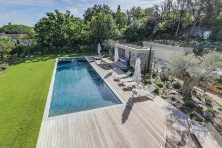 House, Saint-Tropez - Ref 2213772