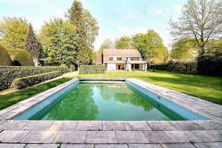 House, UCCLE - Ref M-61902