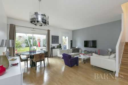 Town house, Courbevoie - Ref 2656394