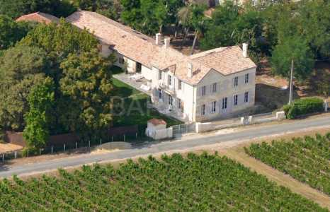Stone houses, SAINT CHRISTOLY - Ref CH-74585