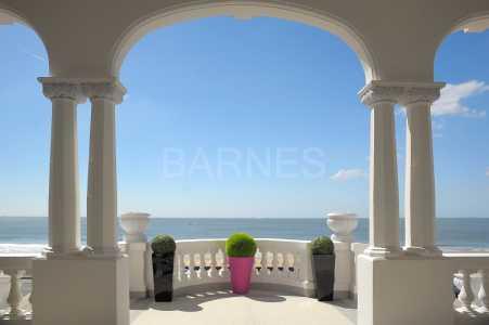 Prestigious villa, LA BAULE - Ref M-67127