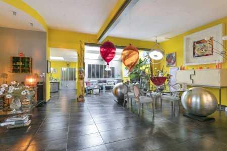Maison, BOIS COLOMBES - Ref M-77653