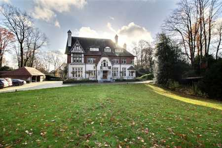 Castles and Manors MH/ISMH, UCCLE - Ref CH-31578
