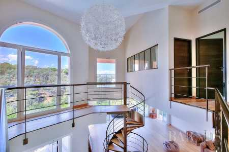 House, Cannes - Ref 2280037