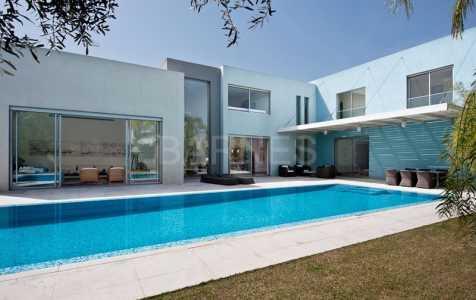 Villa, CESAREE - Ref M-36628