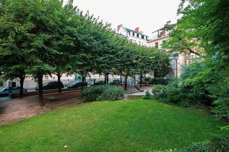 APPARTEMENT RENOVE, PARIS - Ref A-74527
