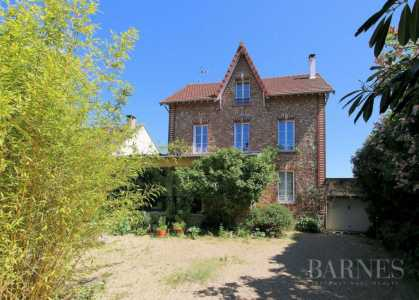 House, Orgeval - Ref 2592705