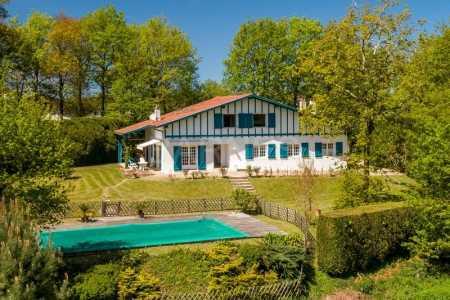 House, ASCAIN - Ref M557