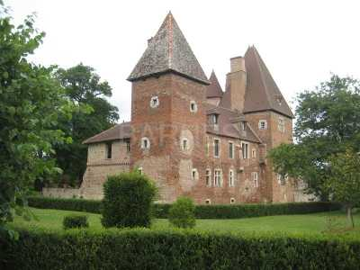 Châteaux, CLUNY - Ref CH-61290