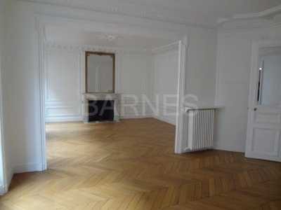EMPTY APARTMENT, PARIS - Ref A-36044