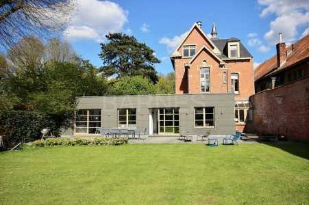 Stone house, UCCLE - Ref M-45893