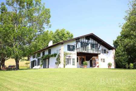 Casa, Saint-Jean-de-Luz - Ref 2704777