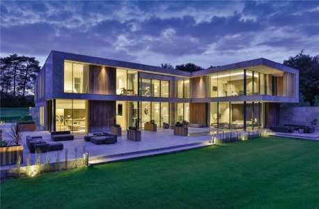 Casa, Surrey - Ref BAI180096