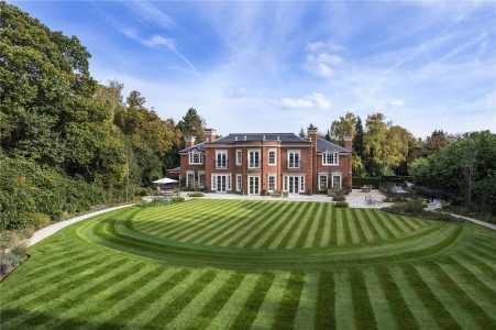 Casa, Surrey - Ref BPO180039