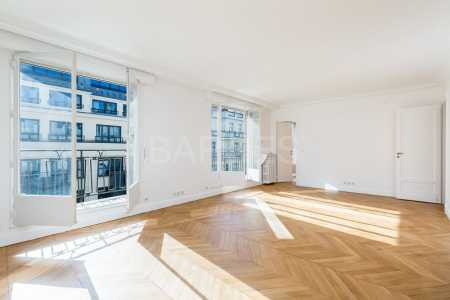 APPARTEMENT VIDE, PARIS - Ref A-26802