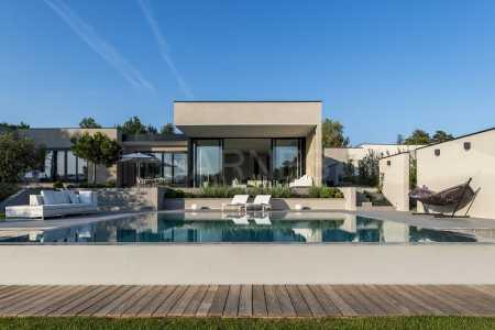Architect house, CHARBONNIERES LES BAINS - Ref M-57477