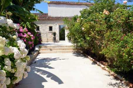 House, LA ROCHELLE - Ref M-65780